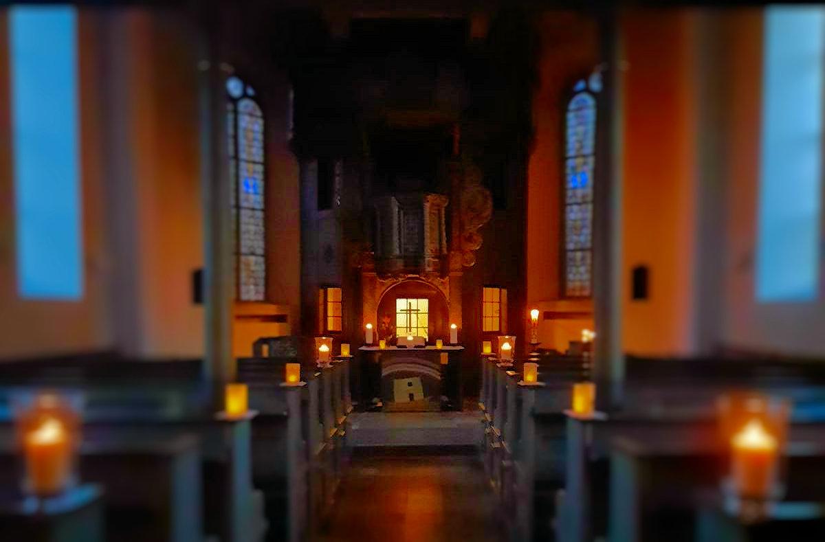 adventsLEUCHTEN in der Kirche an der Burg